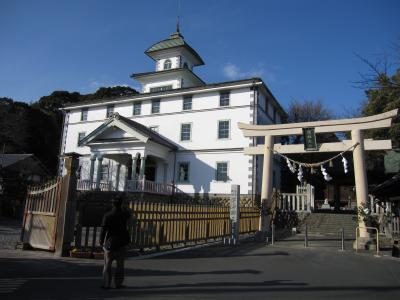 観山寺温泉・丸子宿・美保の松原 バスの旅 2  見附学校見学