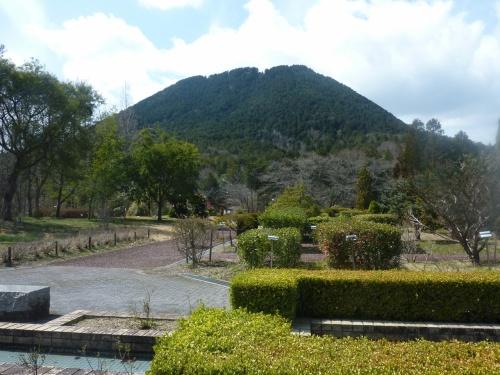 青春18切符 早春の近江富士に登る