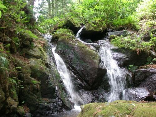 伊勢原 三ノ宮比々多神社 まが玉祭 2 栗原ふれあいの里散策、三段の滝