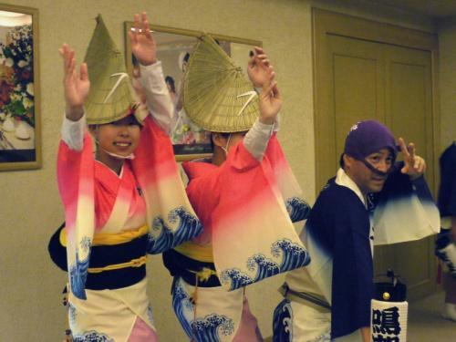 梅雨明けの四国路横断の旅 (大歩危峡遊覧船・ホテル「ルネッサンスリゾートナルト」編)