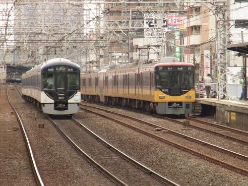 京阪電車ラッシュアワー観察