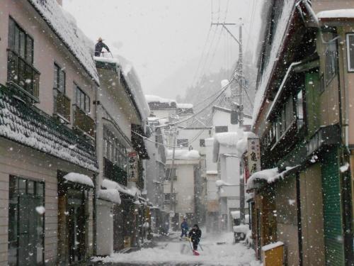 2012年1月★東北湯巡り旅① 山形・肘折温泉は豪雪でした