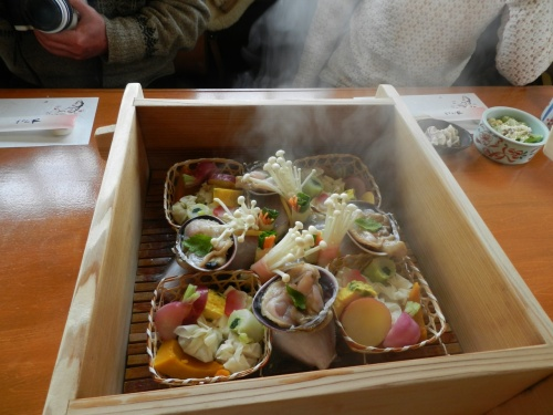 第一回「奈良コミュ・グルメ分科会」(前編)◆蒸し料理『おか田』でのランチ会