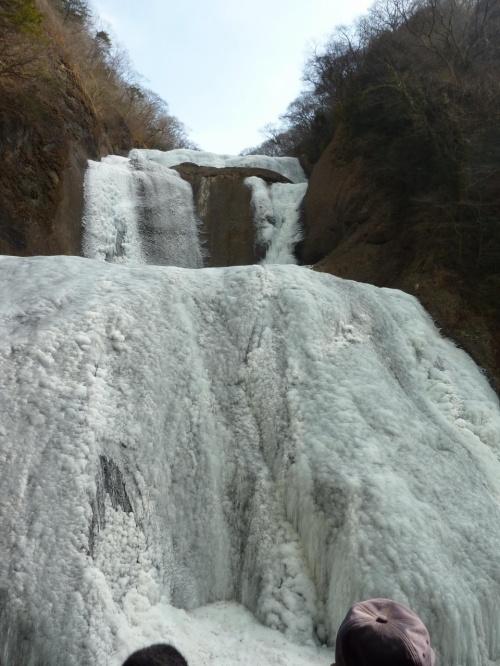 凍結している袋田の滝と奥久慈しゃも