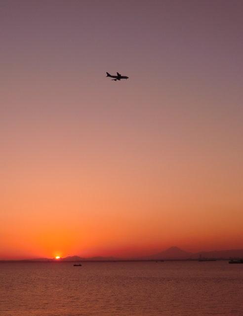 東京湾のど真ん中/海ほたるで最高のサンセットを♪