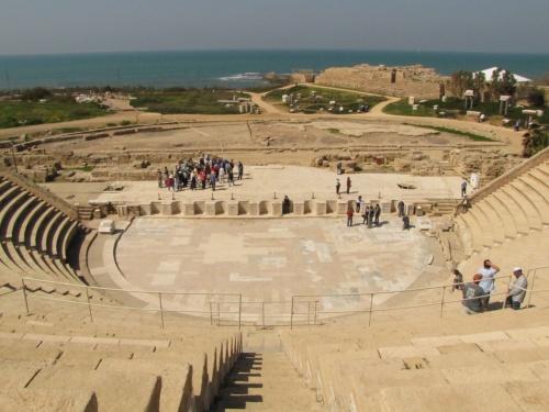 イスラエルの旅(1)・・ヘロデ大王の野望の町カイザリアと近代的な港湾都市ハイファを訪ねて