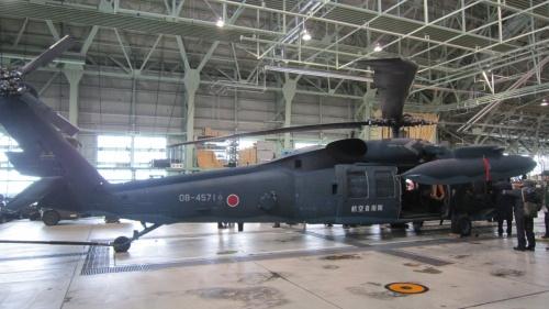 北海道の4月はヒマ~(^^ゞ なので『航空自衛隊・千歳基地』&『工場見学』ツアーへ♪