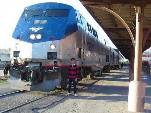 アメリカ大陸鉄道の旅 : アムトラックで行くテキサス州都オースティン~「JFK」暗殺の舞台ダラス