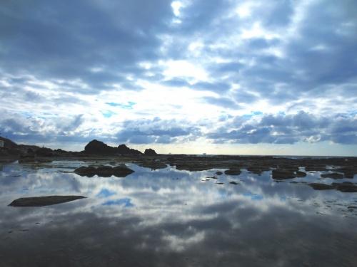 <青森・津軽&西海岸の旅.3>絶品アップルパイと西海岸の幻想的風景?「千畳敷海岸」