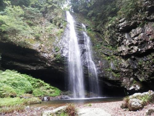 龍頭ヶ滝(りゅうずがたき)