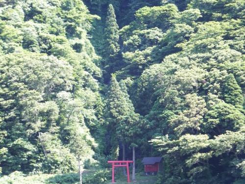 山形県 白糸の滝