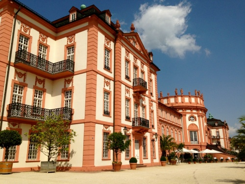 うちがドイツで一番大好きな街:Wiesbadenに再びやってきました