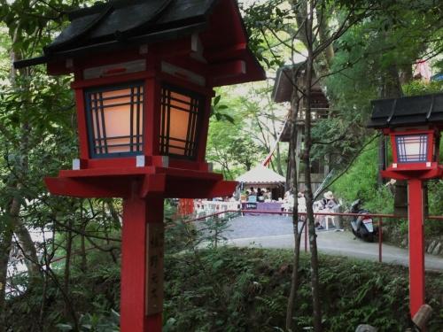 貴船神社の七夕笹飾りライトアップもいよいよフィナーレ