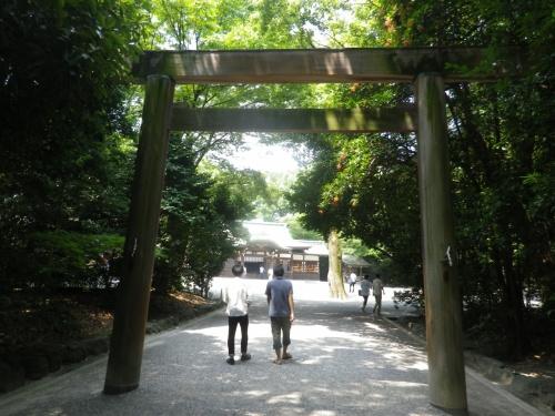 暑い日に熱田神宮散策・参拝