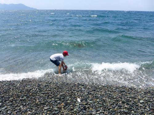 駿河湾の海水で塩作り