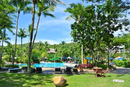 4回目の一人旅はコタキナバルに行ってきました。<br />今回の旅の目的はラサリアで「何もしない」をするです!<br /><br />こちらは2日目のラサリア編(1日目)です。<br /><br />■利用航空会社<br /> エアアジア<br /><br />■宿泊ホテル<br /> 1日目:ルメリディアン コタキナバル<br /> 2日目:シャングリラ ラサリア リゾート<br /> 3日目:シャングリラ ラサリア リゾート