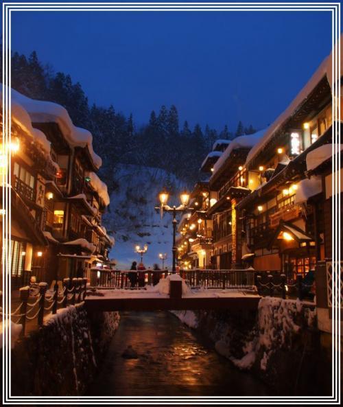 憧れの・・・銀山温泉の雪景色 ③ **雪に包まれた大正ロマンの町並み 夜景編**