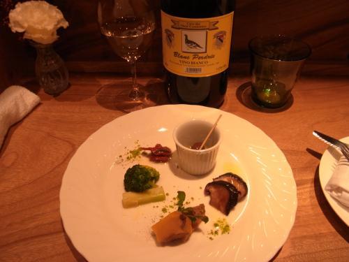 松山市にワインバーがオープンしたので行って来ました