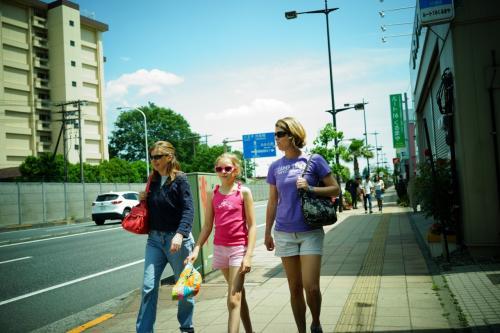 『35mmでいく東京散歩 9』 福生・横田基地 「ここは日本かアメリカか?!」