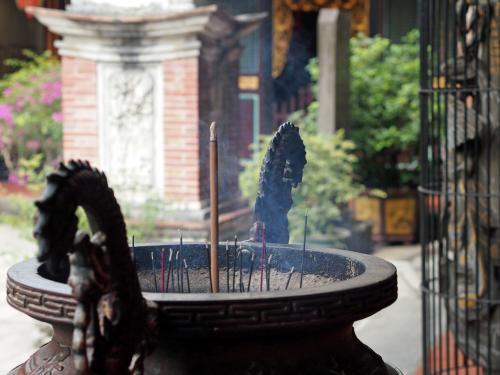 台湾旅行記の最終章です。<br />3回めの訪問で大分慣れたのか、あちこち巡ることが<br />できました。<br />最終日も朝から行動です。
