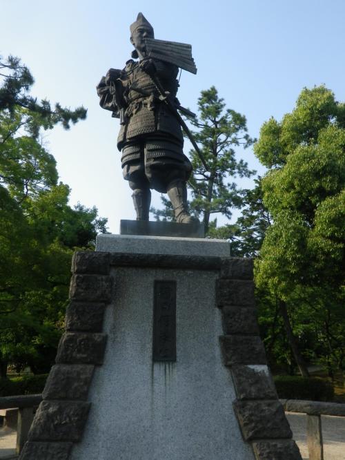 愛知・清須の新清洲駅から清州公園・清州城へ