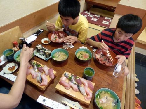04.GW後半のホテルジャパン下田1泊 磯料理 魚八寿し(うおはちずし)の昼食