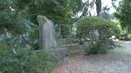 西教寺、翠桃のお墓と修験光明寺跡(芭蕉の道を歩く 7)