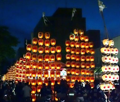 今年は秋田竿燈まつりを見たよ~~!ドッコイショ~!!ドッコイショ!!