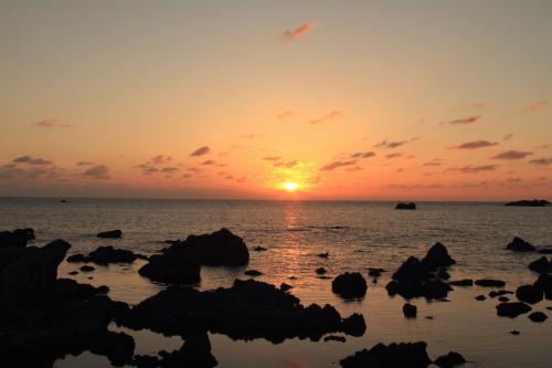歴史と自然の島・佐渡ヶ島へドライブ旅行!