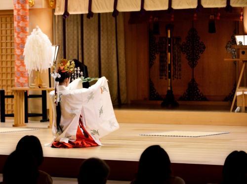 月結び  「月」と「うさぎ」と「縁結び」   日本最古のプロポーズが伝わる熊野大社