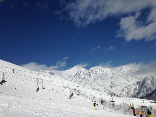 ☆今年も白馬でスキー♪今日は楽しくプライベートレッスン♪なのに~なんでこうなるの(T_T)/~~~★2/21~22★