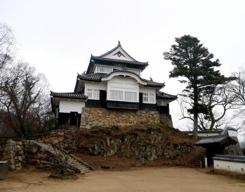 岡山学会旅行3−すばらしい備中松山城,天守閣,二重櫓,霧の中の備中松山城展望台