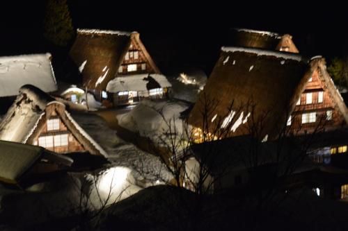 祝!開業!北陸新幹線でイク!きときと富山①世界遺産・五箇山も祝福のライトアップです!