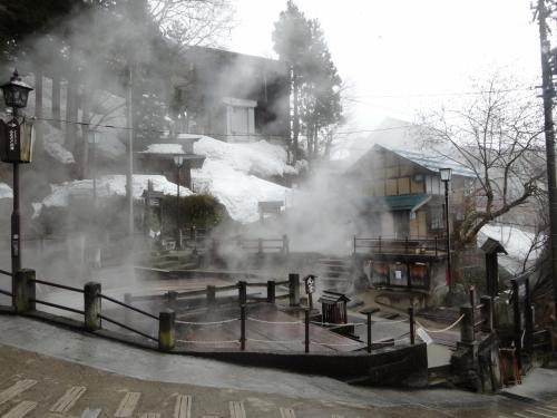 お疲れさまのひとり旅(1)野沢温泉で湯めぐり1日目