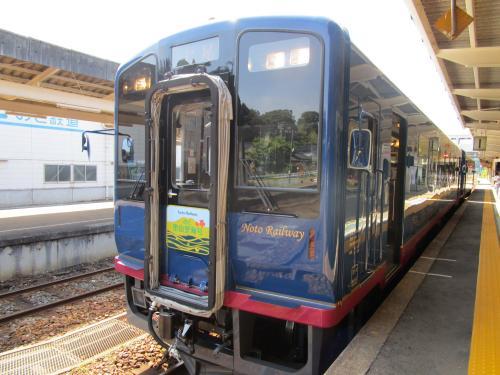 のと里海里山号 スイーツ列車