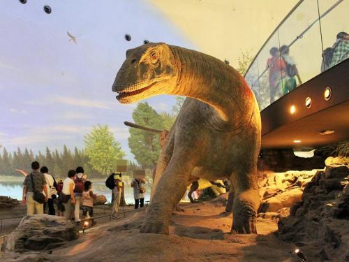 北陸福井・地球46億年を感じる旅♪恐竜博物館で原寸大のジオラマに大興奮~最後は鯖で締めましょう♪