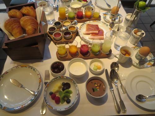 北野ホテルで世界一の朝食&明石大橋を愛でながらイタリアンの昼食