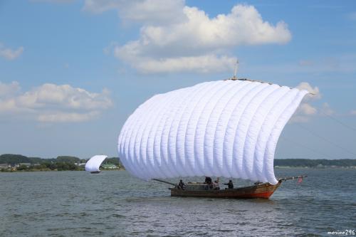 先輩からお誘いいただき、シルバーウィーク最終日に霞ヶ浦の帆引き船の見学に出掛けました。<br />帆引き船を見学した後は、牛久のシャトーカミヤでバーベキューをいただき、楽し一日を過ごすことが出来ました。<br />