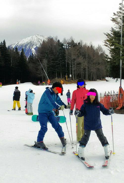 15年末~16年始 3世代家族旅〈パス利用最終日〉【ホリデー快速「富士山」(往路)&「山梨富士」(復路)で長男長女初スキー】