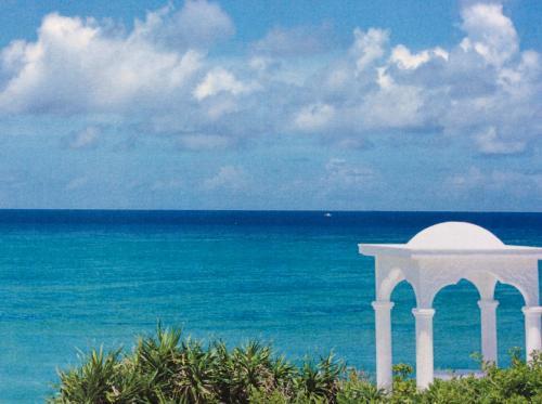 風に吹かれて~与論島&那覇 vol.2 可愛いプロペラ機で風の島与論島へ4泊5日(^^/