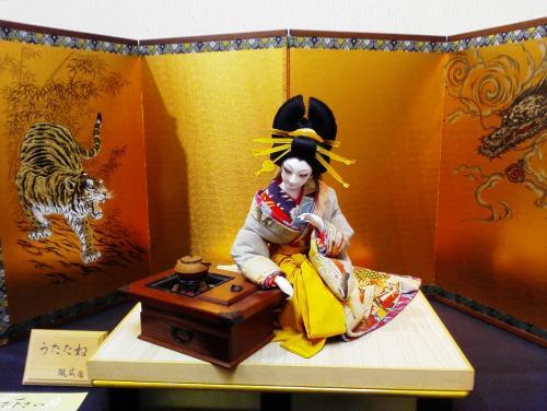 再編集「あでやか江戸美人」~春めいた午後に優雅な日本人形を鑑賞してきました。