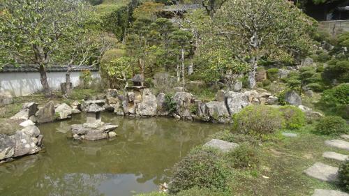川西市 満願寺の参拝と日本庭園