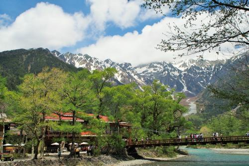 信州ふたり春旅2016(後半)~上高地・大正池から河童橋までハイキング!