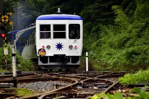 JR木次線のトロッコ列車「奥出雲おろち号」に乗って