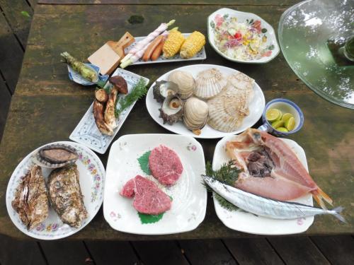 人生初キャンプ!~自然の中、新鮮な食材と秋の味覚でバーベキューは最高だ~\(^o^)/