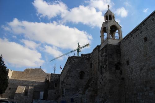イスラエルを旅しました。<br />初めての中近東の旅です。<br />まずは、パレスチナ自治区のベツヘレムを訪れてみました。<br /><br />旅程<br />〇12/28 成田→モスクワ→テルアビブ<br />〇12/29 テルアビブ→エルサレム→ベツヘレム→エルサレム<br /> 12/30 エルサレム<br /> 12/31 エルサレム<br /> 1/1  エルサレム→テルアビブ<br /> 1/2  テルアビブ→モスクワ→<br /> 1/3  成田