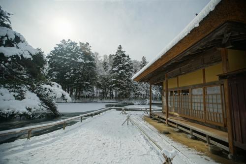 雪の有備館を訪ねる