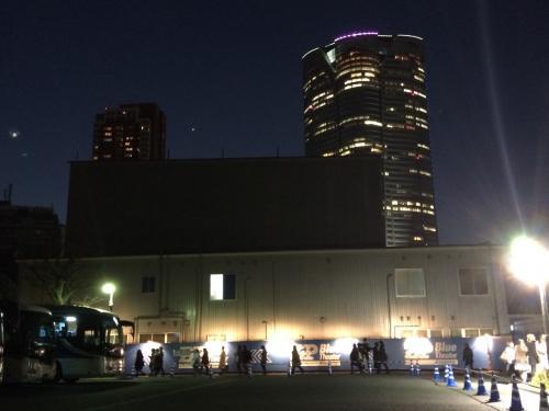 韓国で観れなかったインタビュー<br />一月のコンサートにも行けなかったら<br />東京公演のお知らせが。<br />日曜日夜の外出は翌日辛いので千秋楽は諦め<br />1日前の土曜公演に行ってきました。