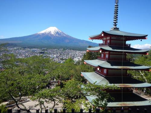 2016GW旅行1 美しい富士山!そして日本一と言われている金運神社に行ってきました。