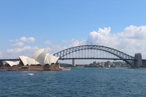 初めてのオーストラリアへの旅行となりましたので、ツアー旅行での行動となりました。<br />シドニーでの自由時間もあり、ブルーマウンテンズへの旅行も含まれていたので弾丸でしたが満喫できた旅行となりました。